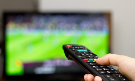 El Clasico i więcej spotkań. Piłkarski weekend 24-26.10. Darmowy stream online i transmisja w telewizji. Co i gdzie oglądać?